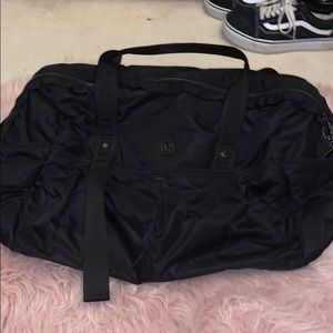lululemon All Day duffle